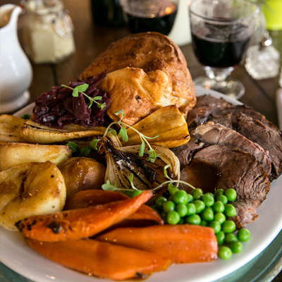 Quality Sunday food at The Hope & Bear